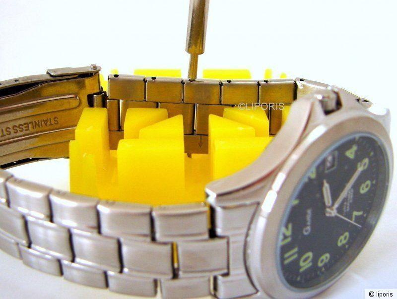 Stift aus Uhrband austreiben