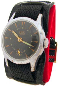 UMF Made in GDR Ruhla Herrenuhr Handaufzug mit Unterlagenband schwarz