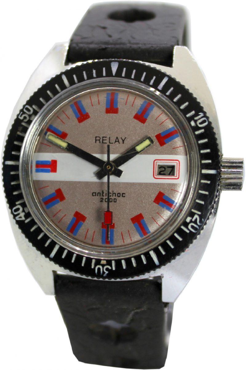 Relay 2000 Sport Taucher Herren Uhr mechanisch mit Datum Drehlünette vintage Indexe rot blau