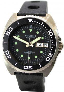 Ricoh Herren Taucher Uhr 150m Tag Datum 21 Jewels Automatic diver watch Drehlünette mit Einrastfunktion Sport Rallye Uhrband schwarz
