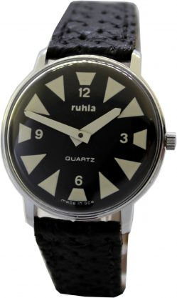 Ruhla Made in GDR schwarz weiß Ziffernblatt vintage Herrenuhr Quarz Uhr besonderes Design